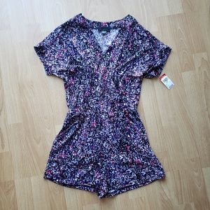BRAND NEW WITH TAGS! Short-Sleeve Romper - Small